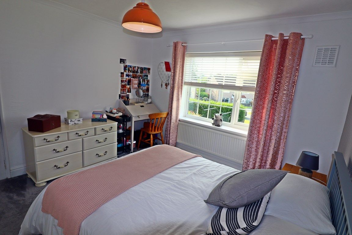 2 bed flat for sale in Heol Illtyd 12