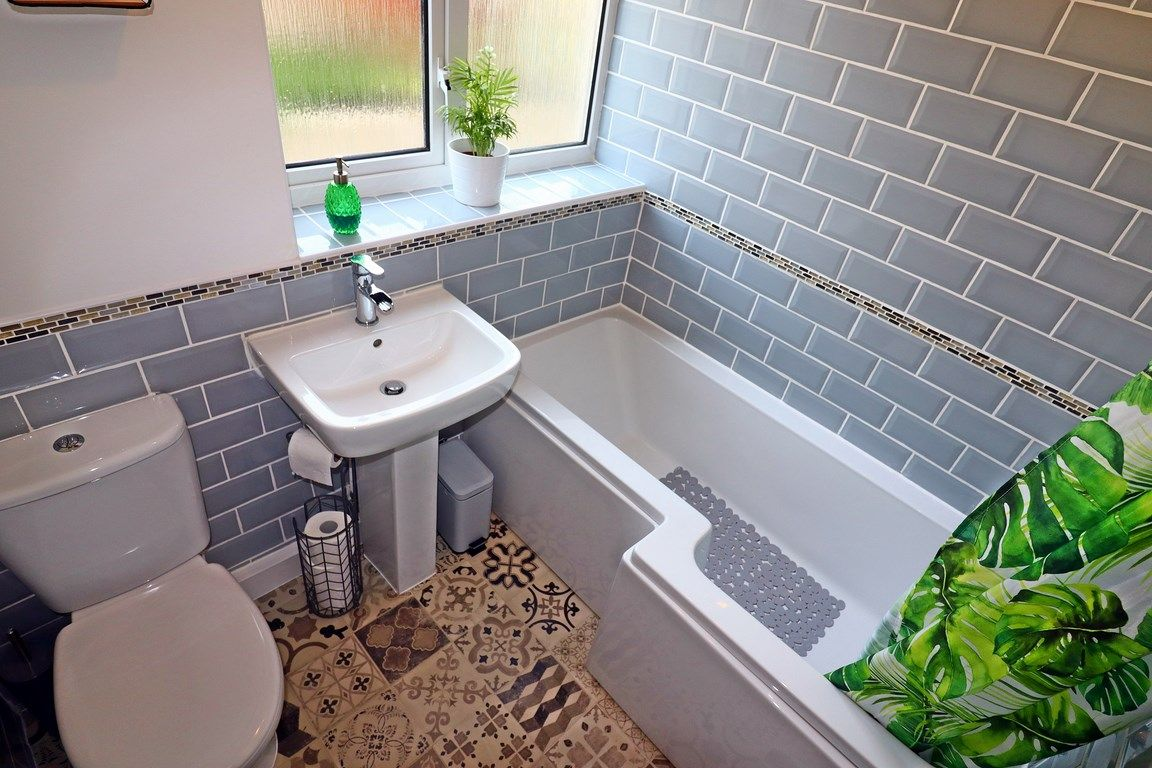 2 bed flat for sale in Heol Illtyd 15