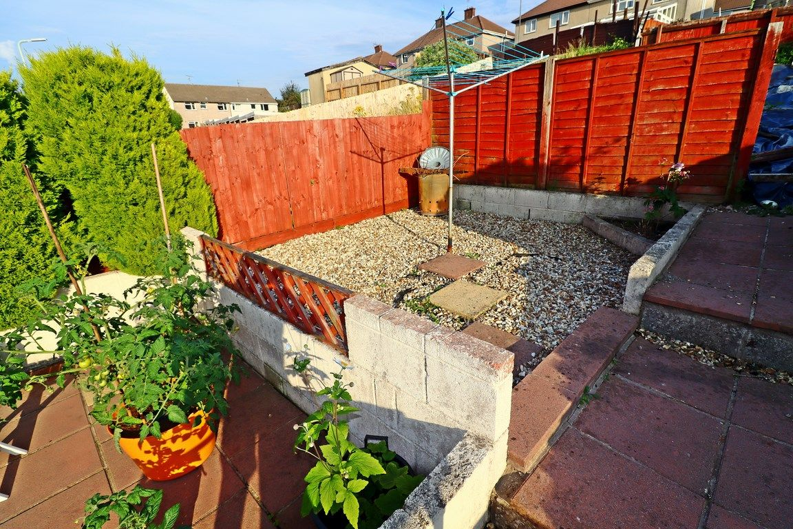 2 bed flat for sale in Heol Illtyd 18
