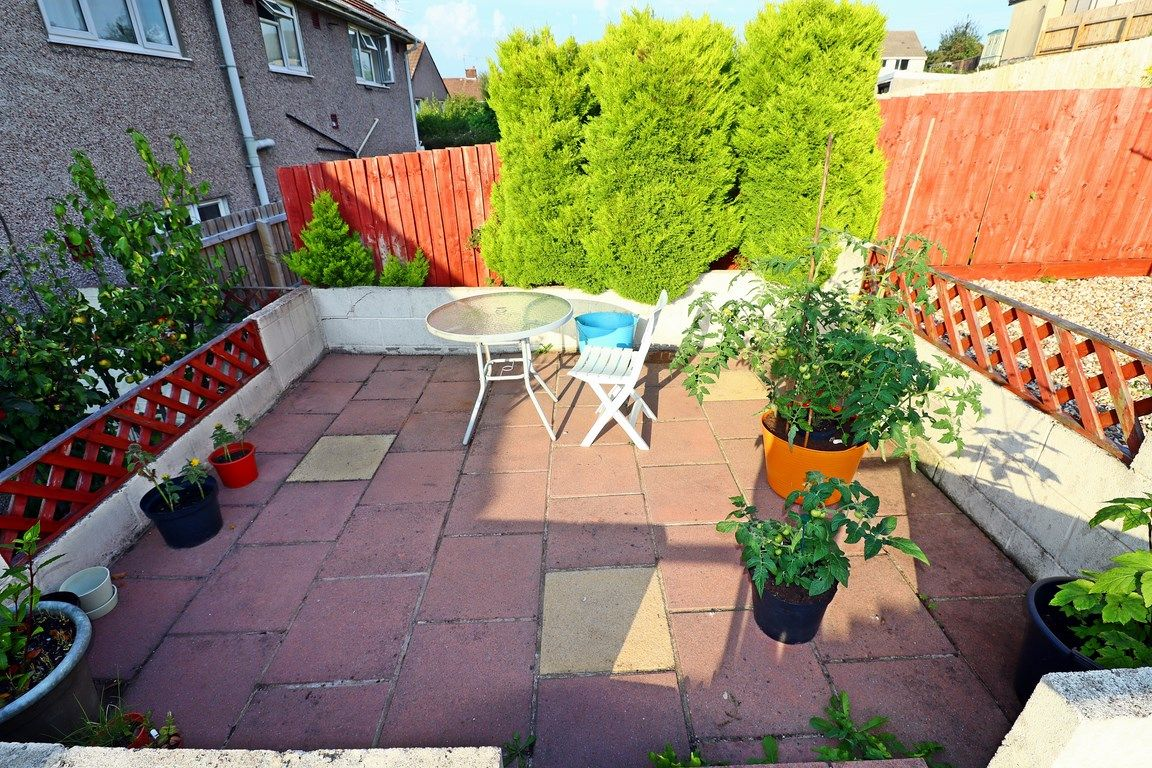 2 bed flat for sale in Heol Illtyd 19