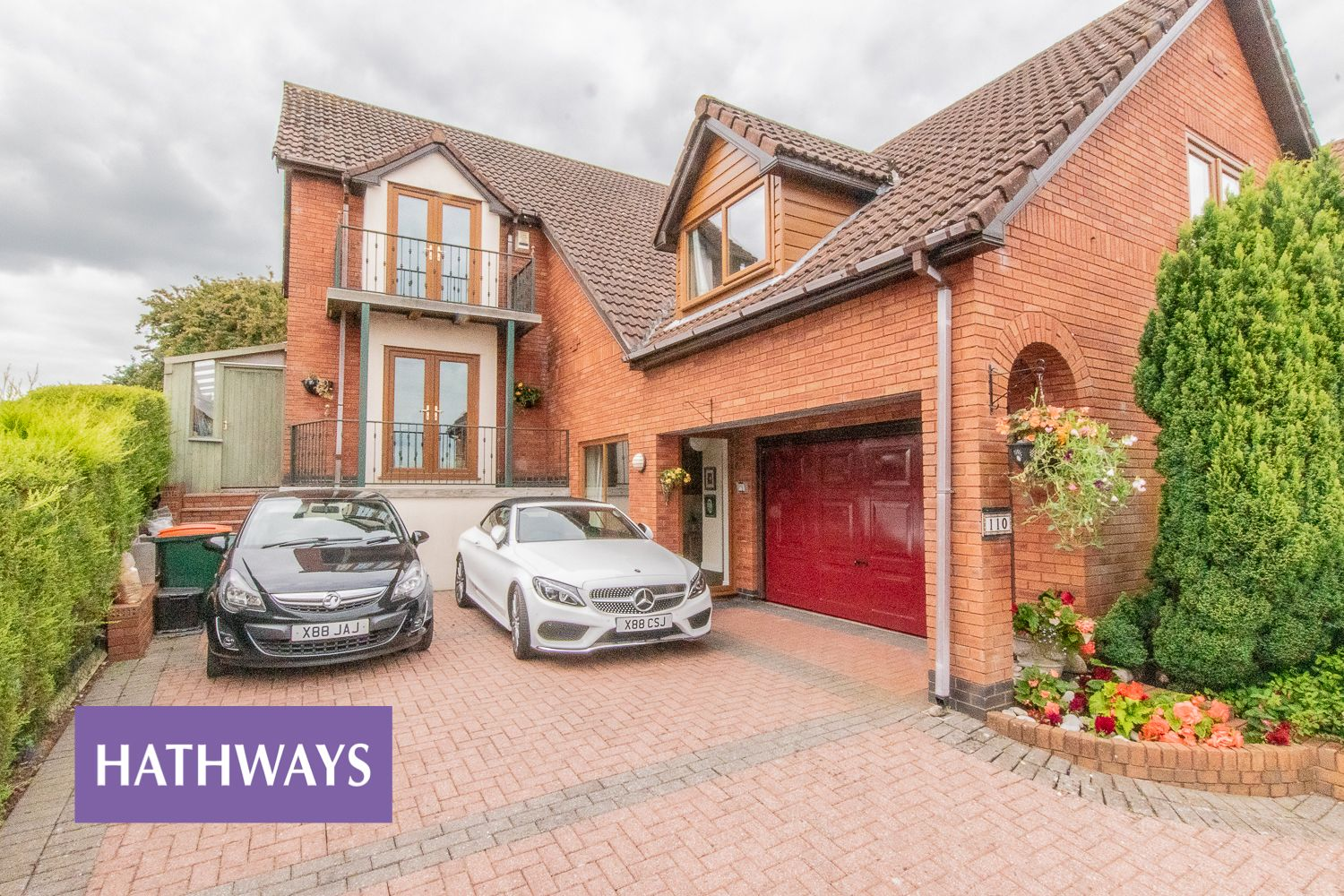 4 bed house for sale in Trinity View  - Property Image 3