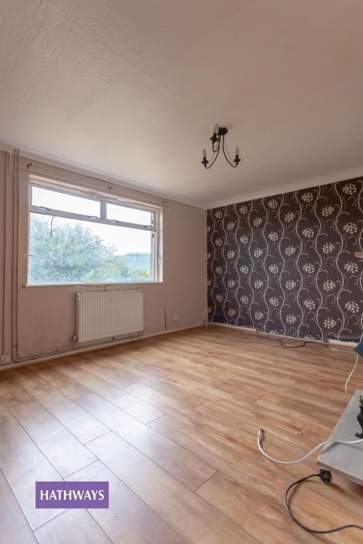 3 bed house for sale in Upland Drive 6