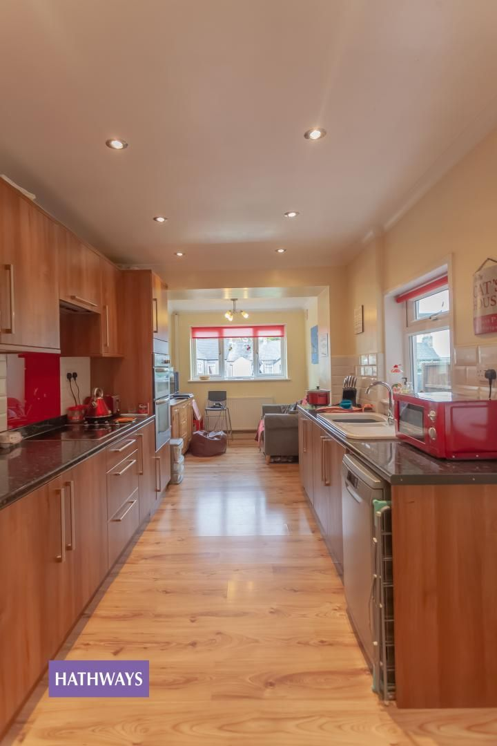 3 bed house for sale in Broad Street 15