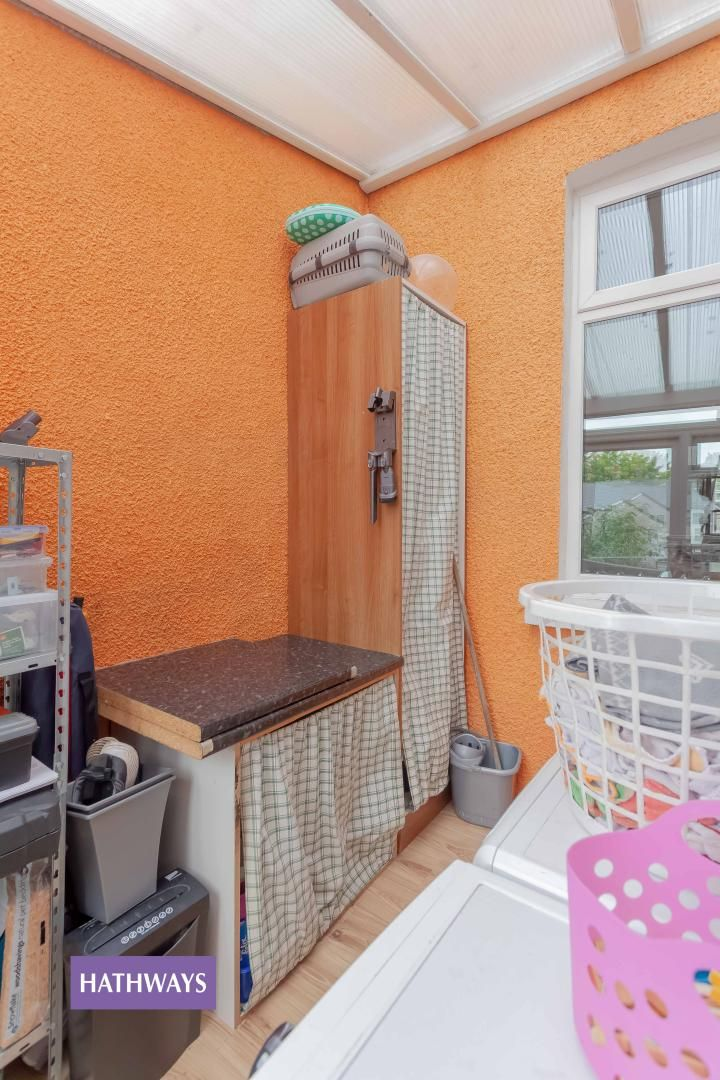 3 bed house for sale in Broad Street 16
