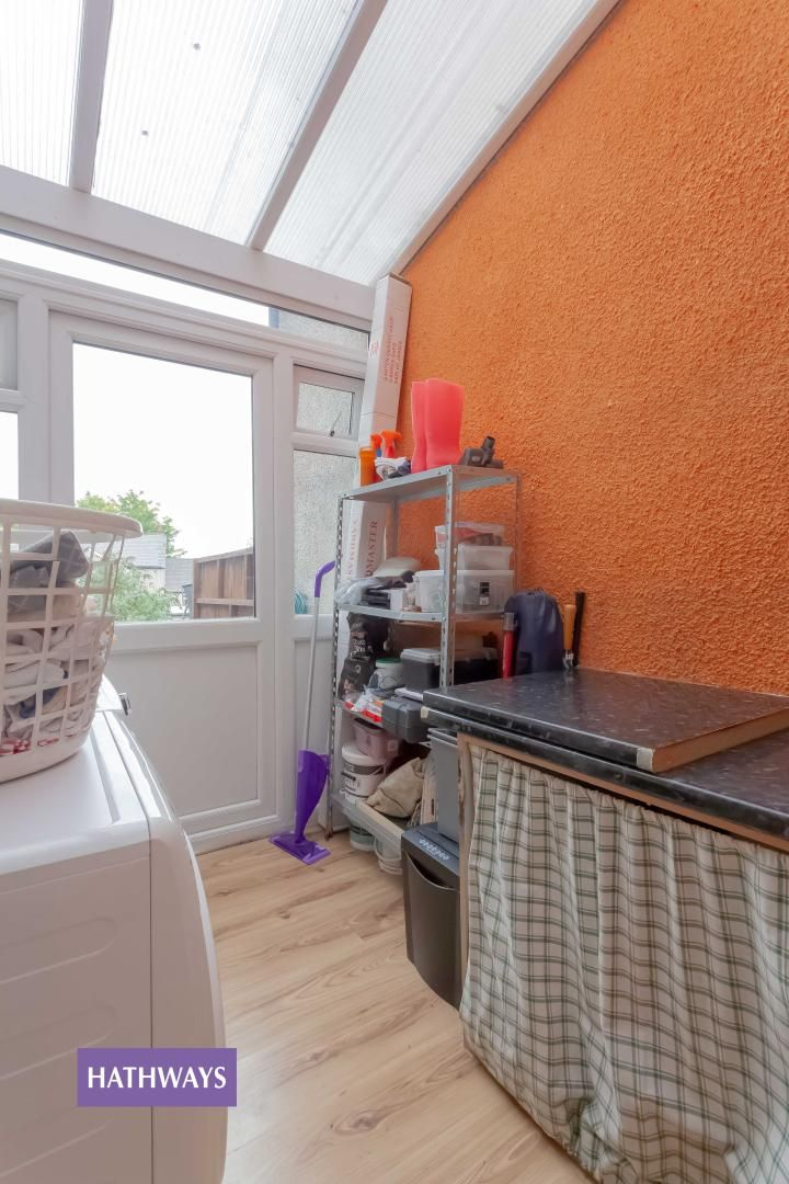 3 bed house for sale in Broad Street 19