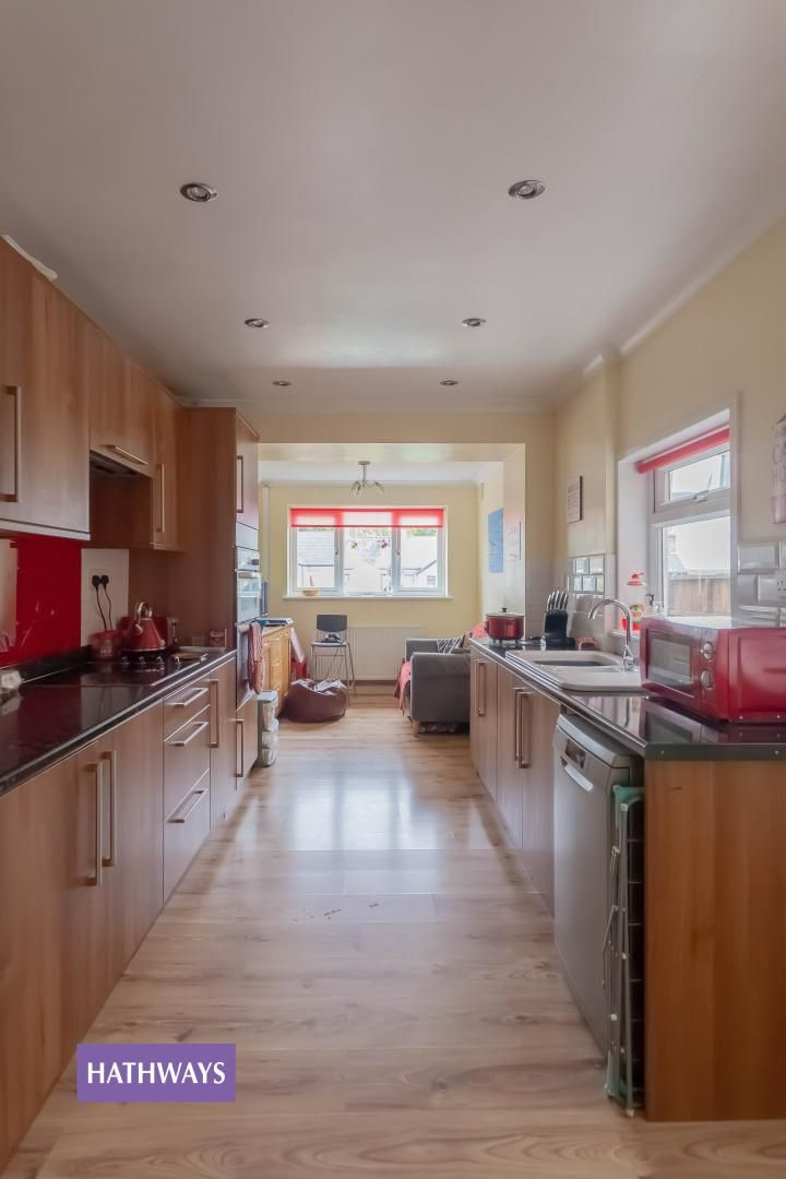 3 bed house for sale in Broad Street 24