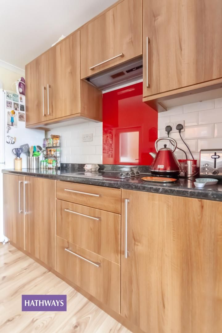3 bed house for sale in Broad Street 25