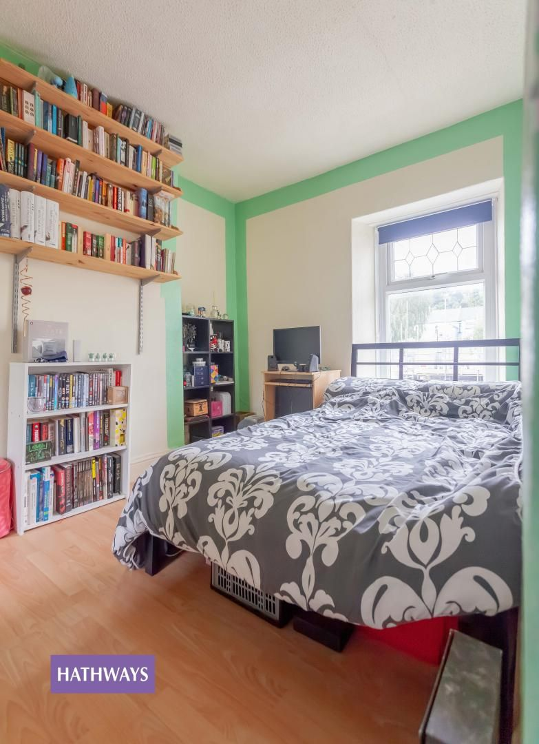 3 bed house for sale in Broad Street 45