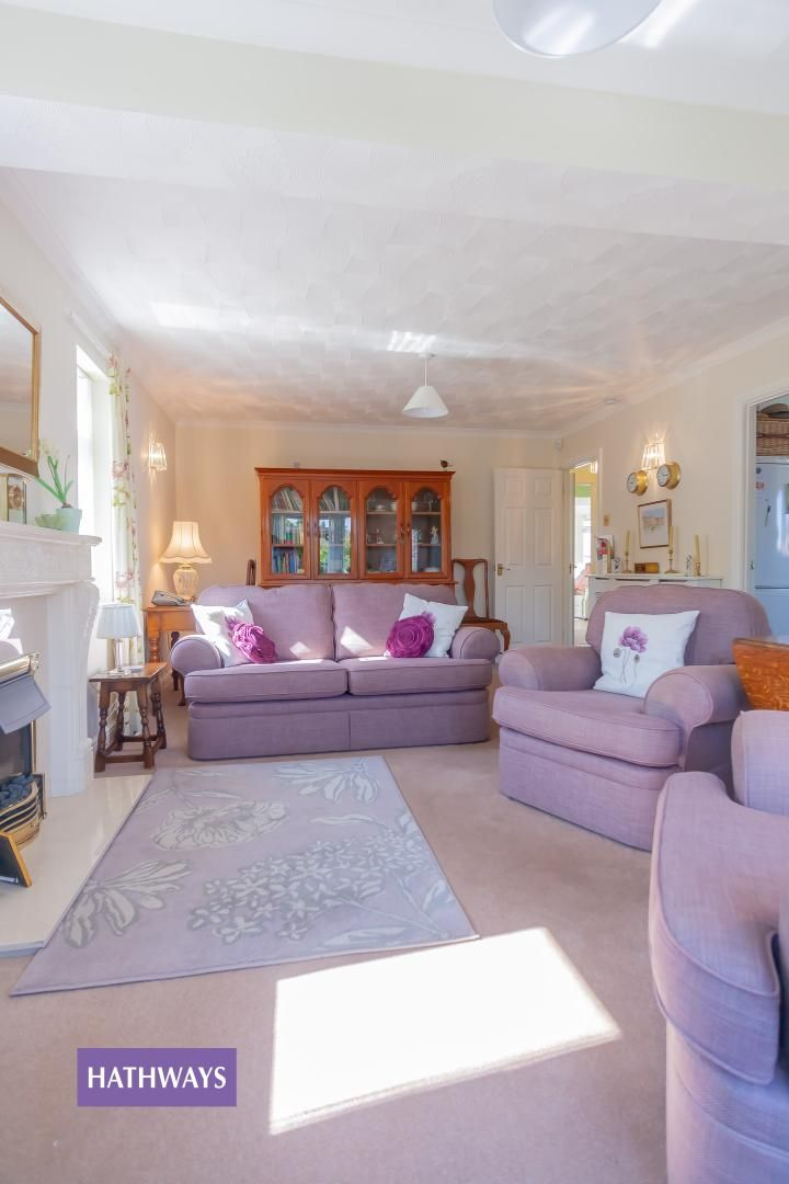 2 bed bungalow for sale in Pant Yr Heol Close  - Property Image 11