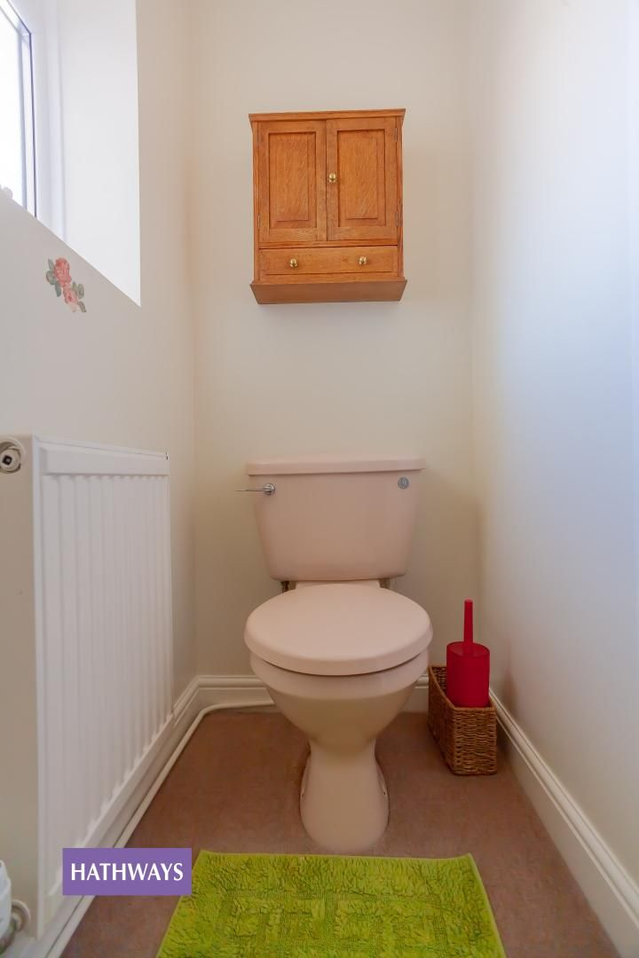 2 bed bungalow for sale in Pant Yr Heol Close 14