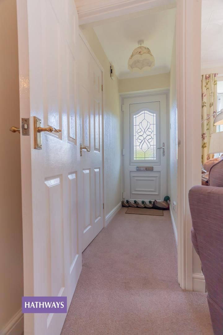 2 bed bungalow for sale in Pant Yr Heol Close 4