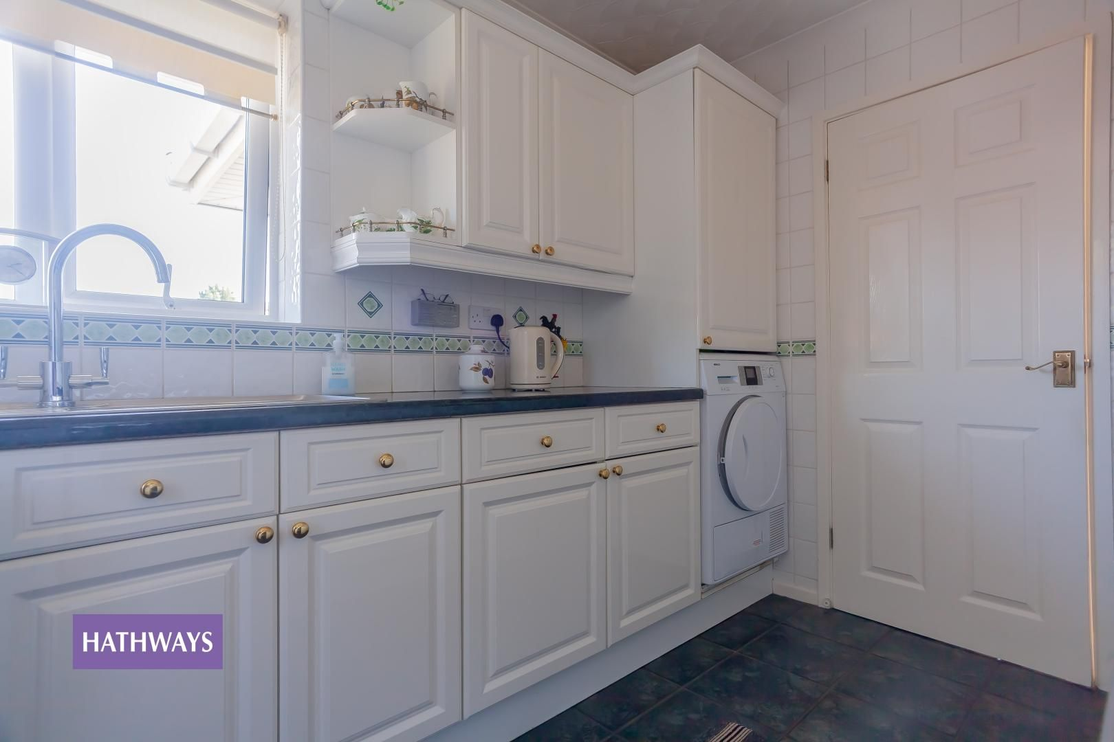 2 bed bungalow for sale in Pant Yr Heol Close 32