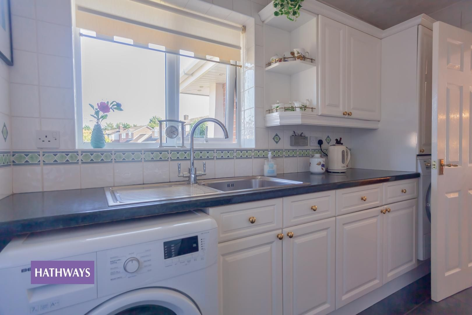 2 bed bungalow for sale in Pant Yr Heol Close 34