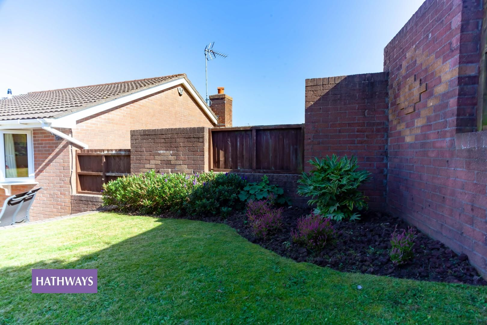 2 bed bungalow for sale in Pant Yr Heol Close 43