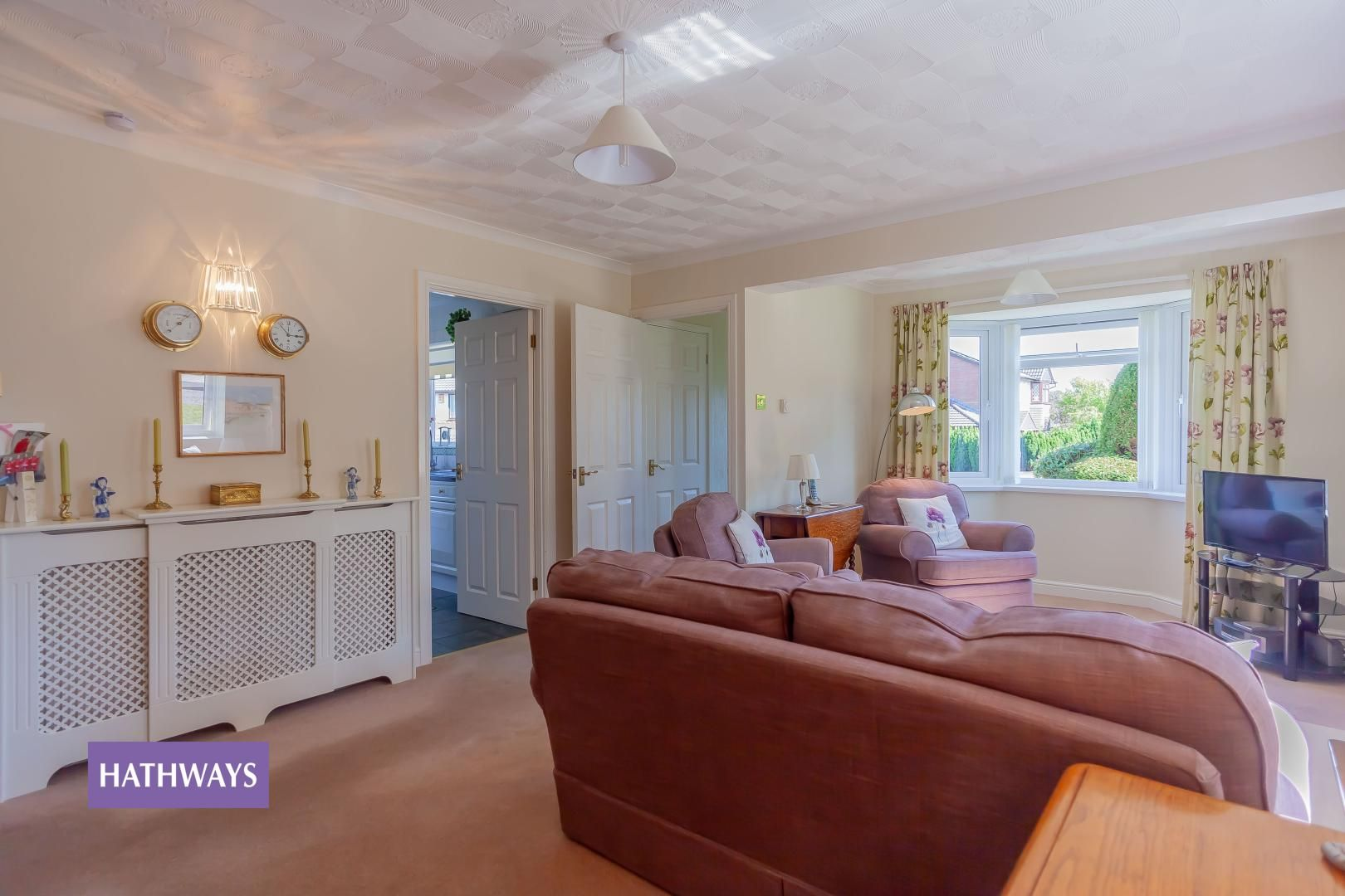 2 bed bungalow for sale in Pant Yr Heol Close 8