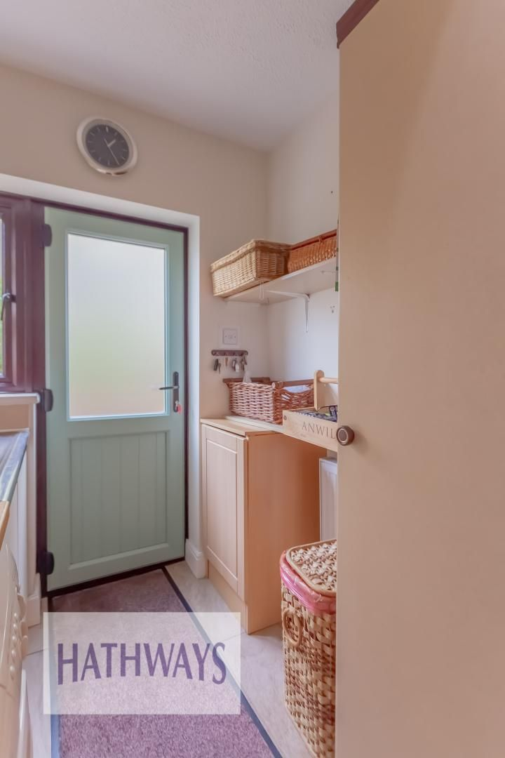 4 bed house for sale in The Chase Ton Road 14