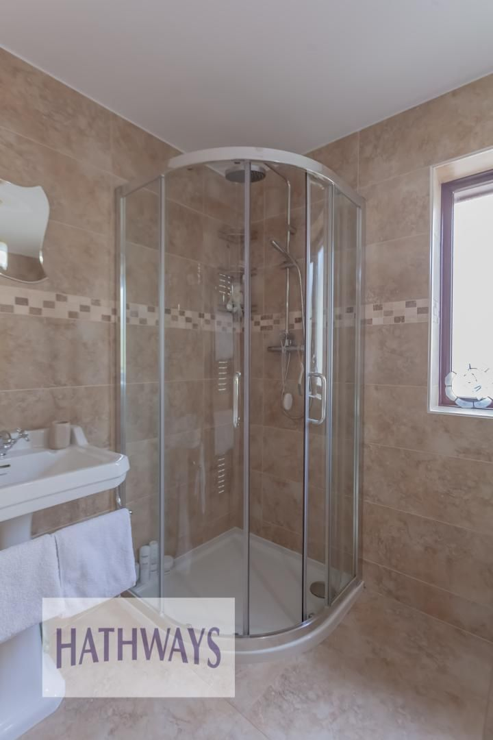 4 bed house for sale in The Chase Ton Road  - Property Image 39