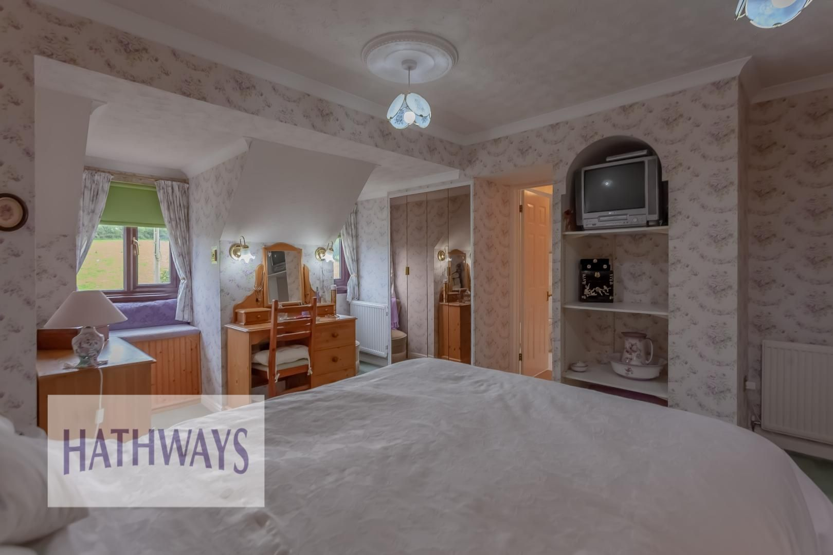4 bed house for sale in The Chase Ton Road  - Property Image 49