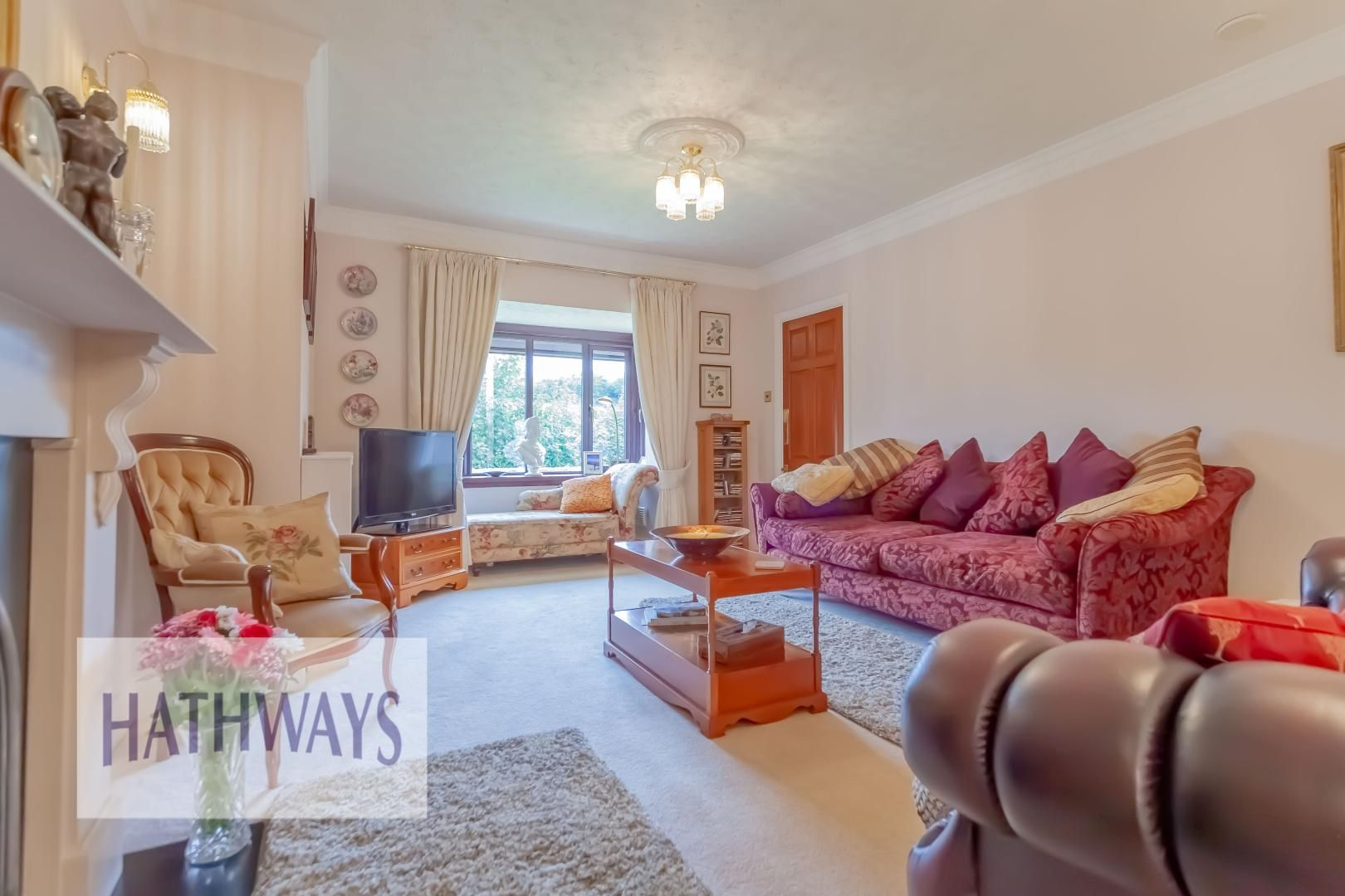 4 bed house for sale in The Chase Ton Road  - Property Image 6
