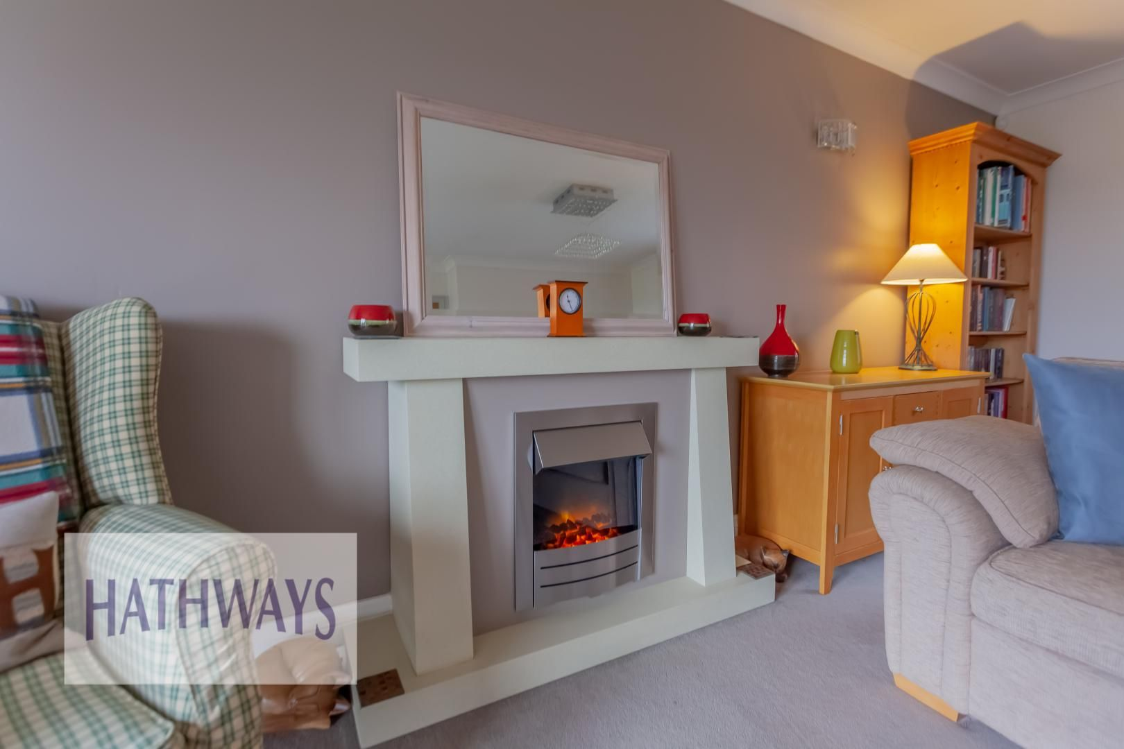 5 bed house for sale in Priory Close 11