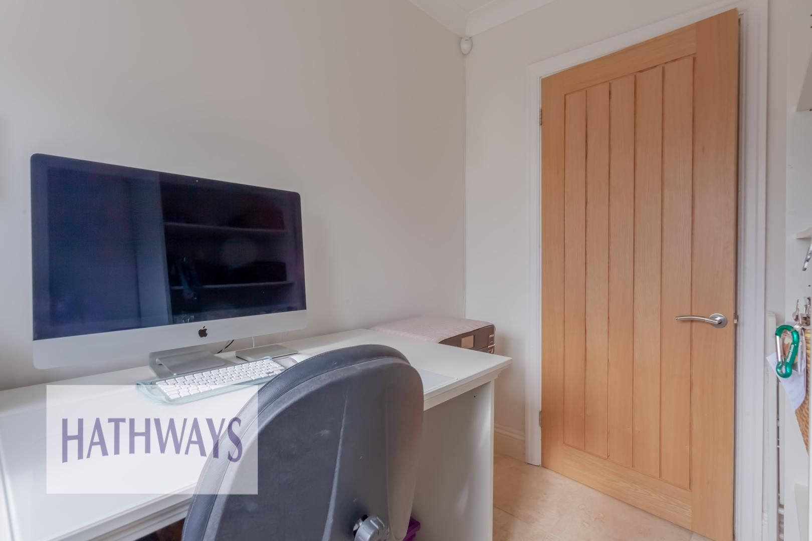 5 bed house for sale in Priory Close 15