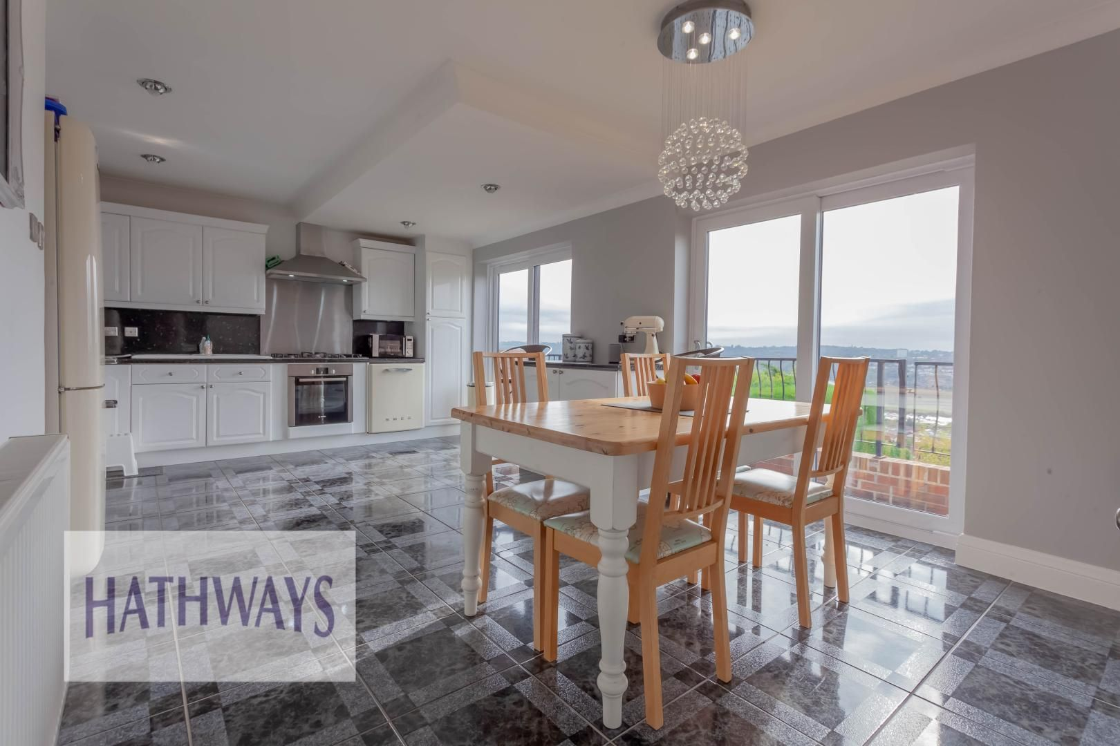 5 bed house for sale in Priory Close 22