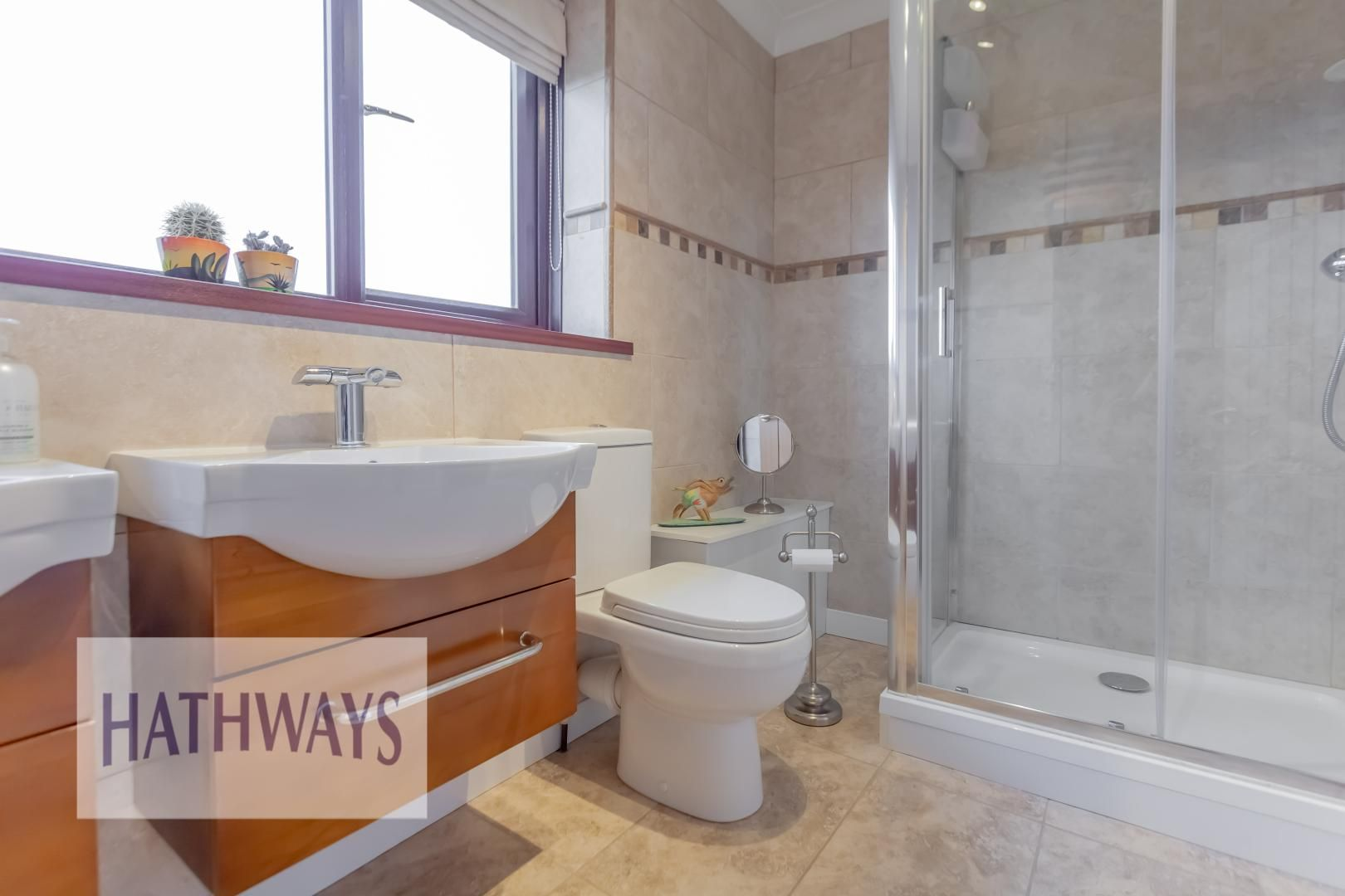 5 bed house for sale in Priory Close 48