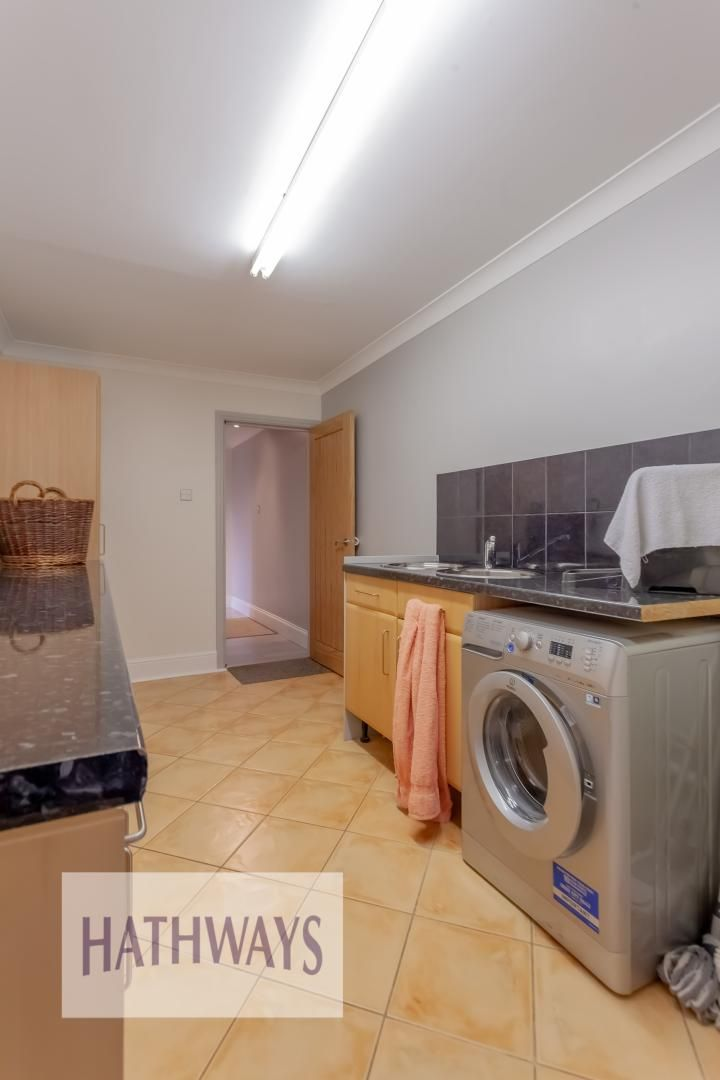 5 bed house for sale in Priory Close  - Property Image 49