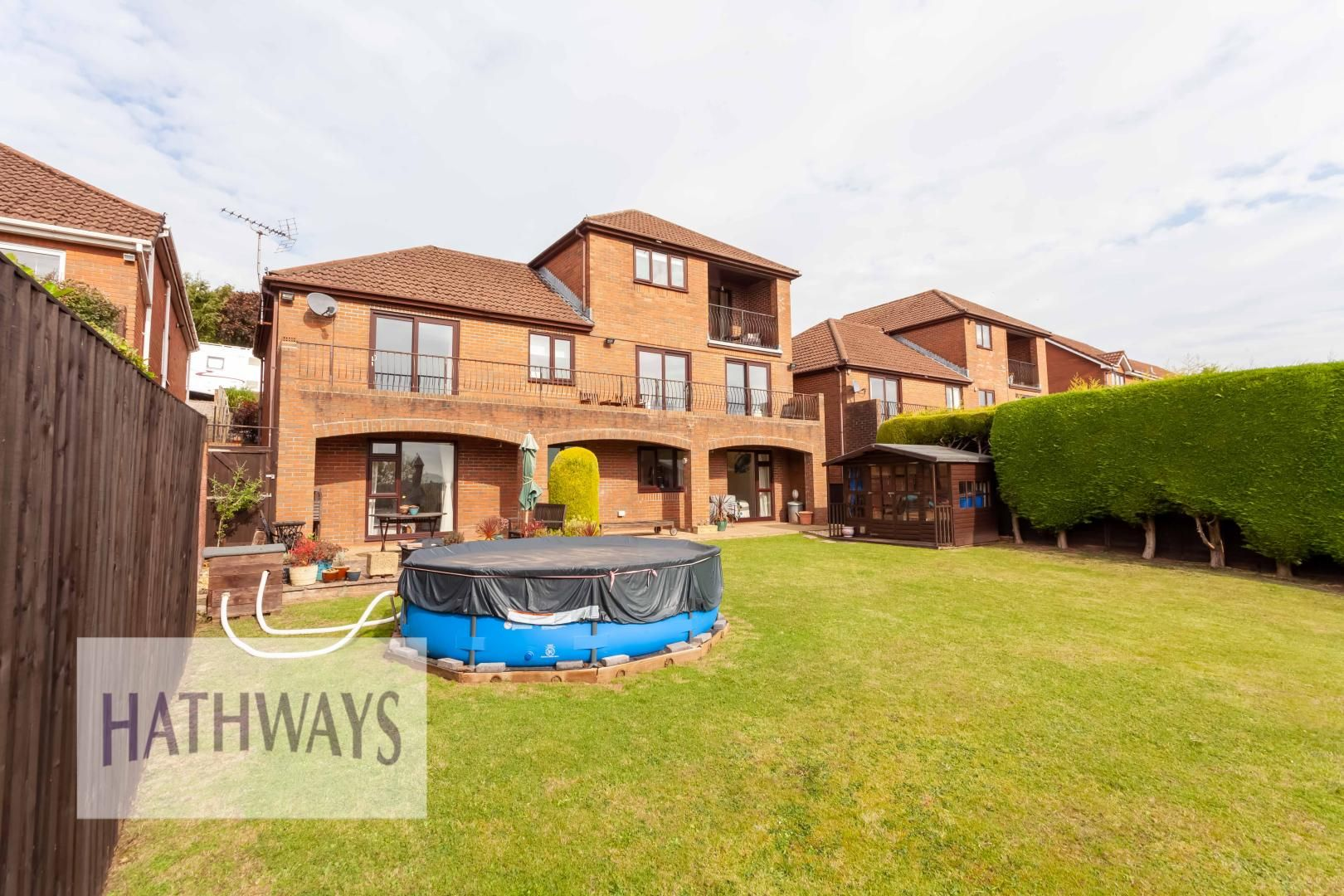 5 bed house for sale in Priory Close 53