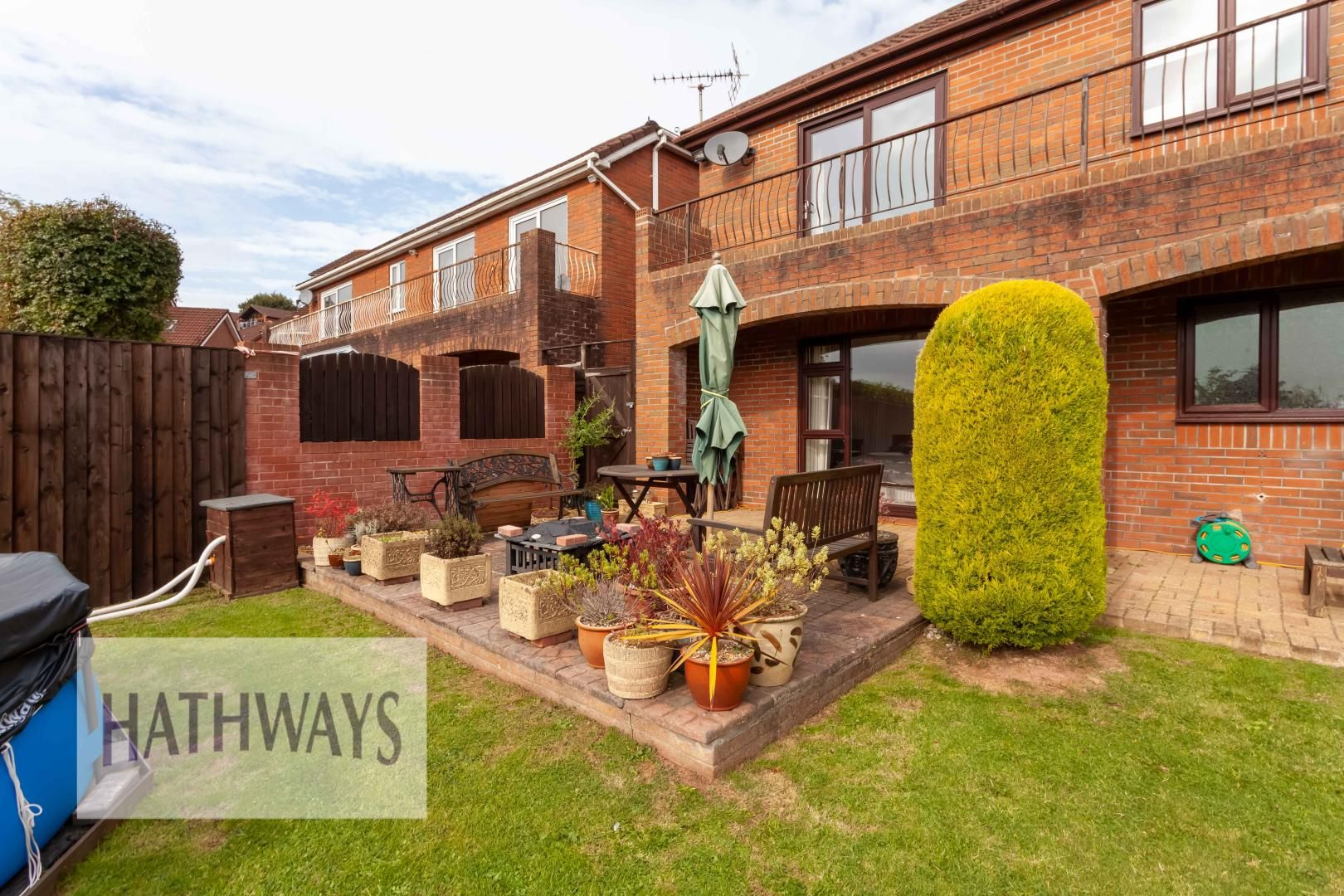 5 bed house for sale in Priory Close 55