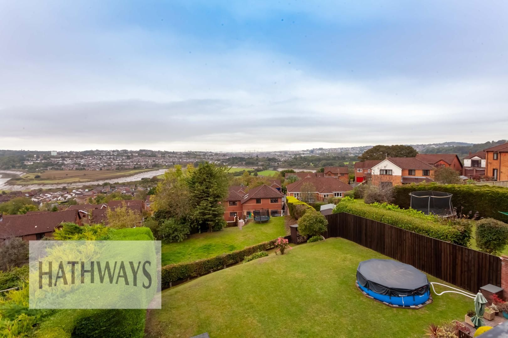 5 bed house for sale in Priory Close 57