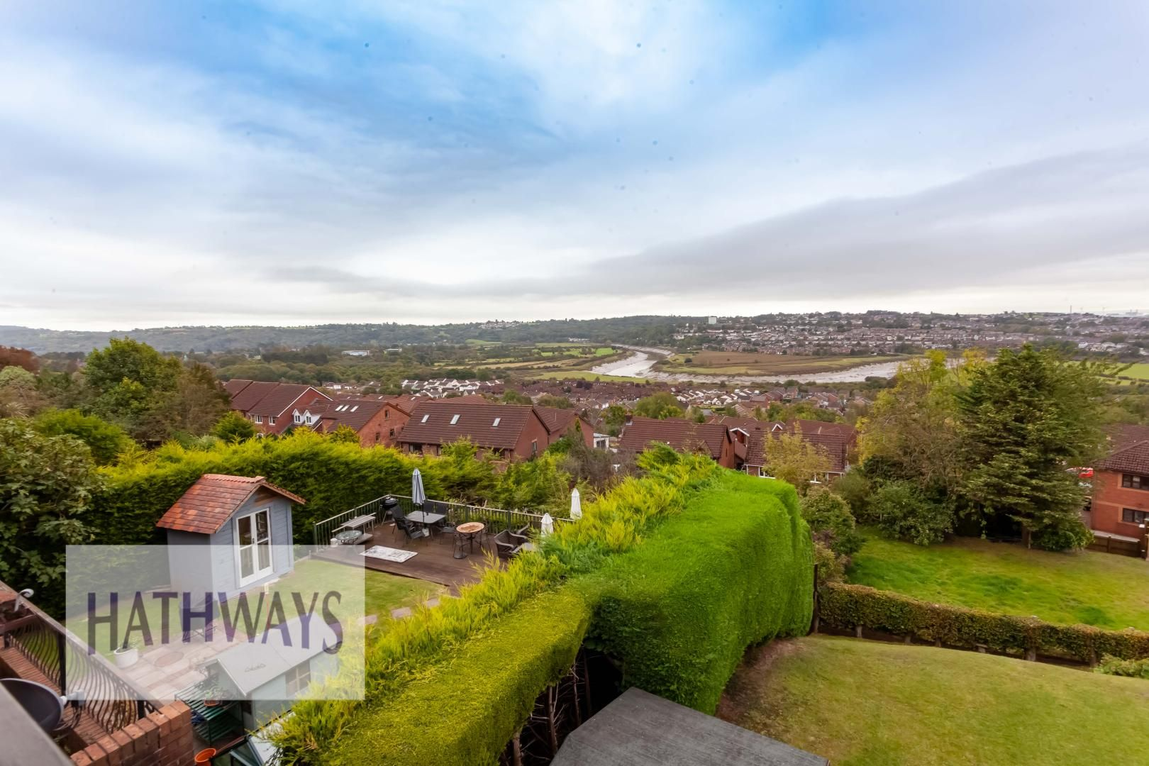 5 bed house for sale in Priory Close 58