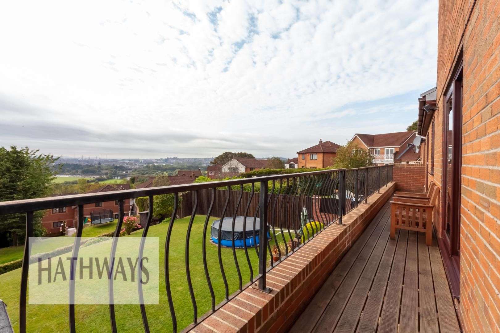 5 bed house for sale in Priory Close 59
