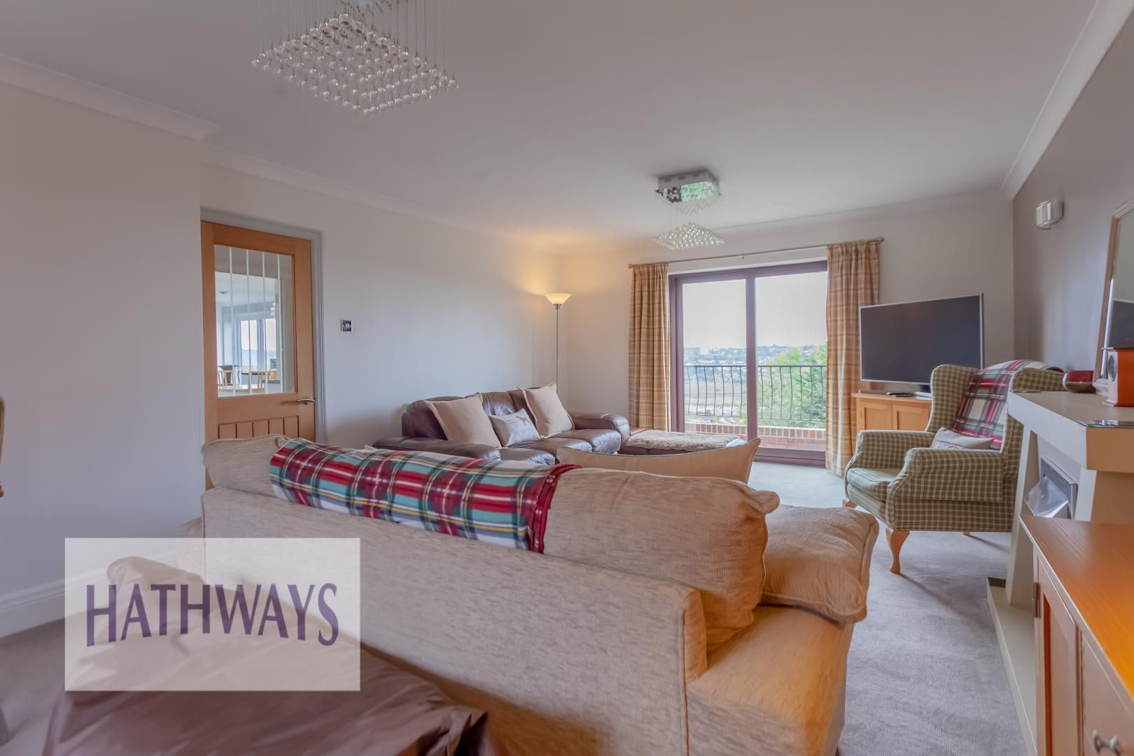 5 bed house for sale in Priory Close 7
