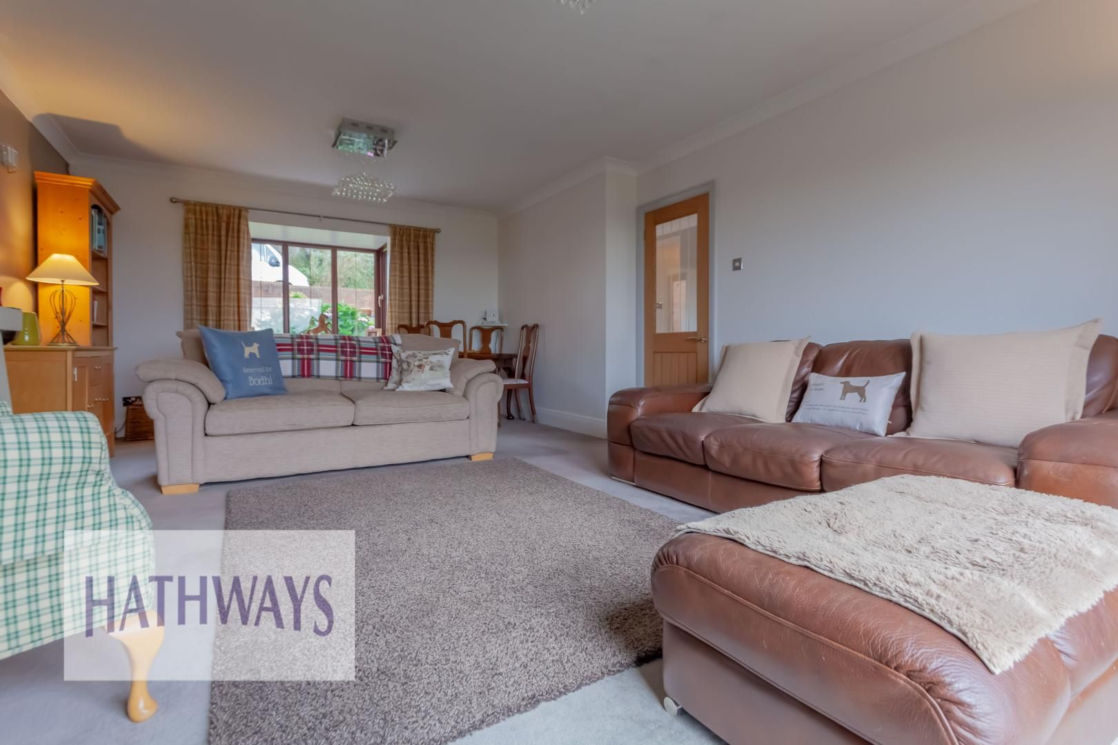 5 bed house for sale in Priory Close 10