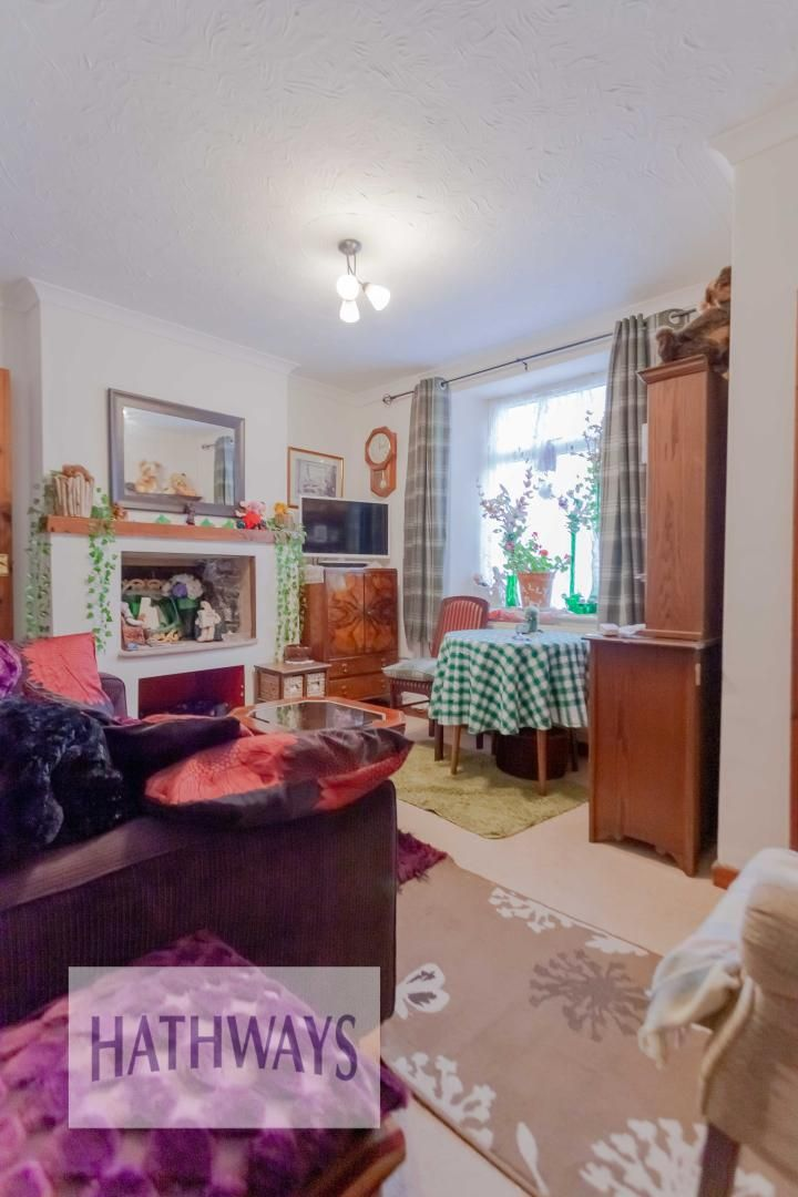 2 bed house for sale in Gwent Street 3