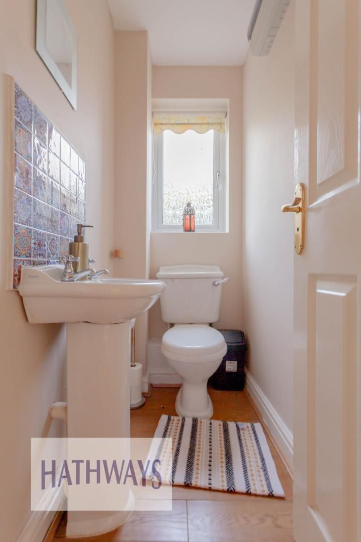 4 bed house for sale in Rosecroft Drive  - Property Image 11