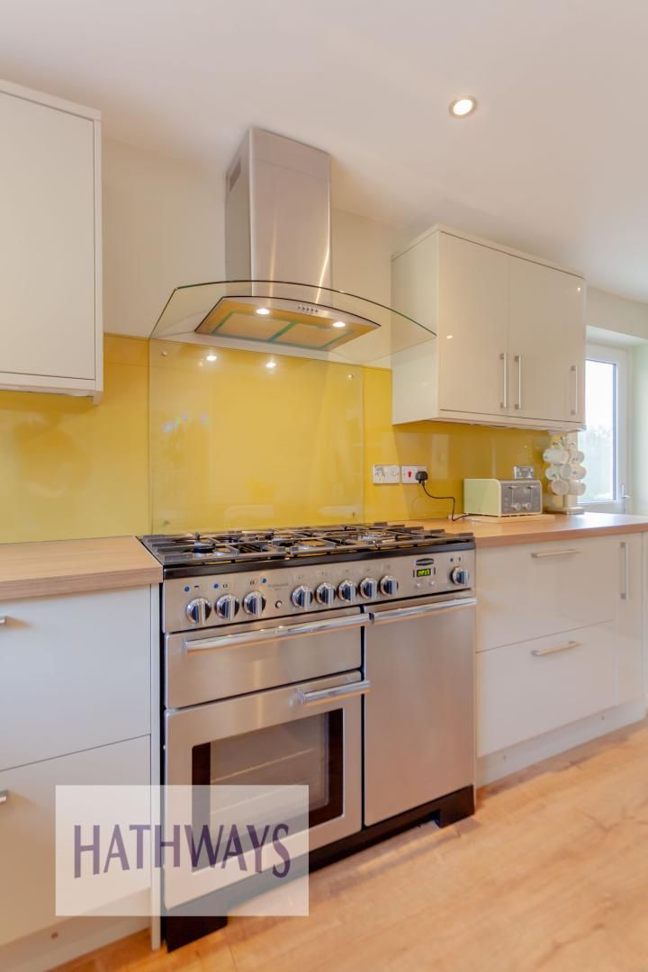 4 bed house for sale in Rosecroft Drive 15