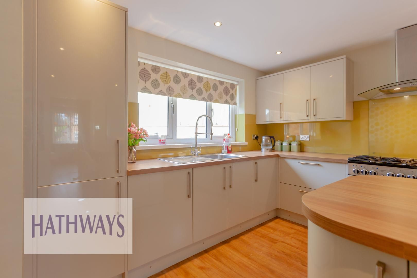 4 bed house for sale in Rosecroft Drive 16