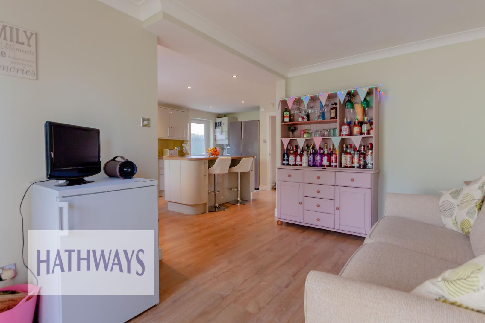 4 bed house for sale in Rosecroft Drive 18