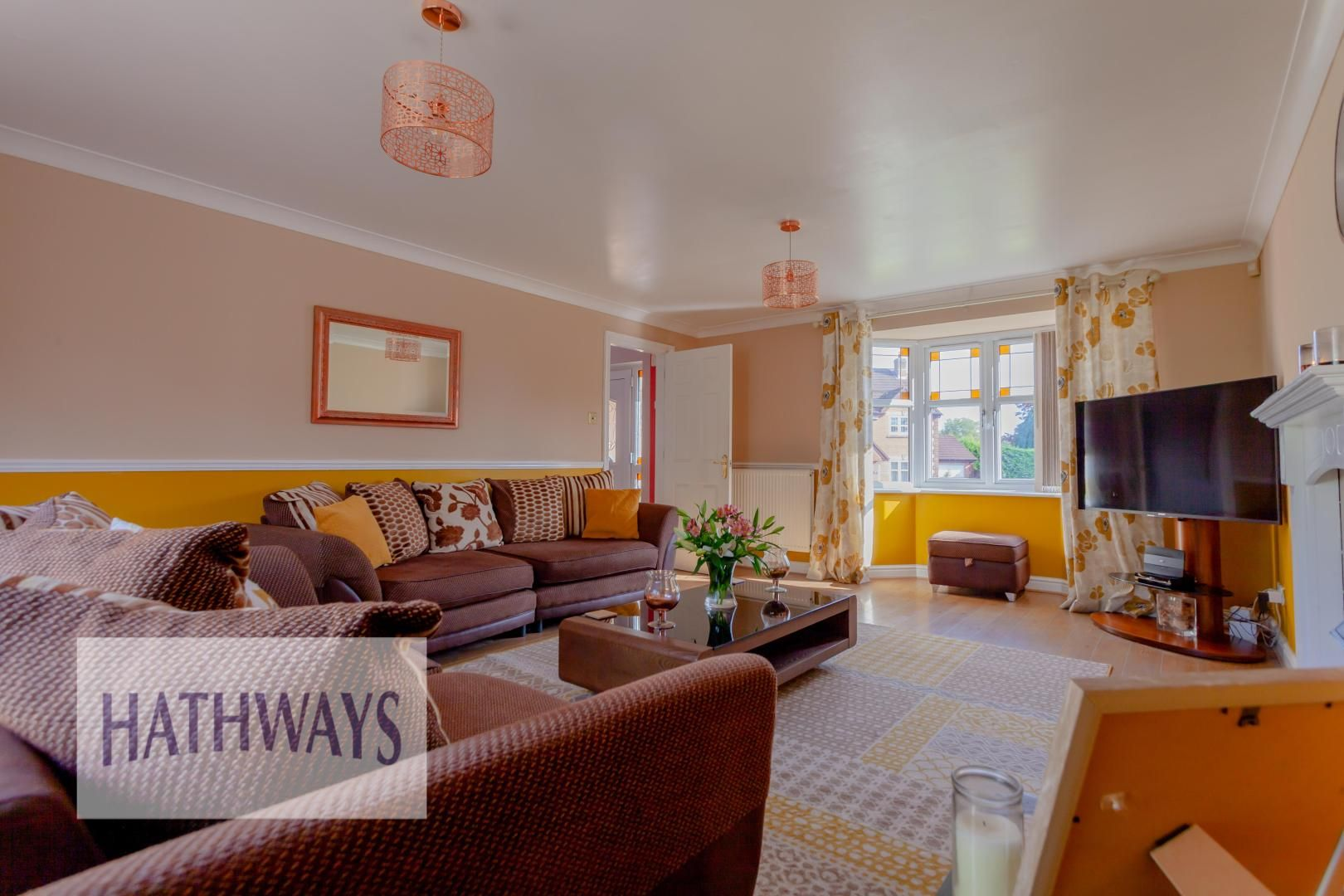 4 bed house for sale in Rosecroft Drive  - Property Image 3