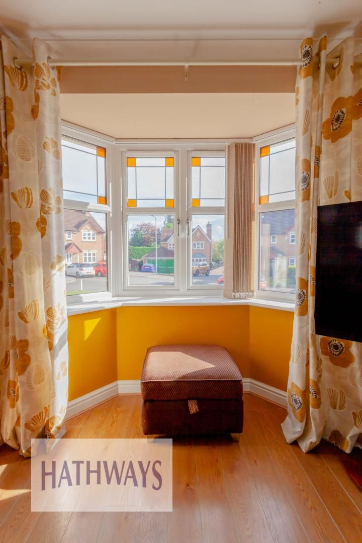 4 bed house for sale in Rosecroft Drive 6