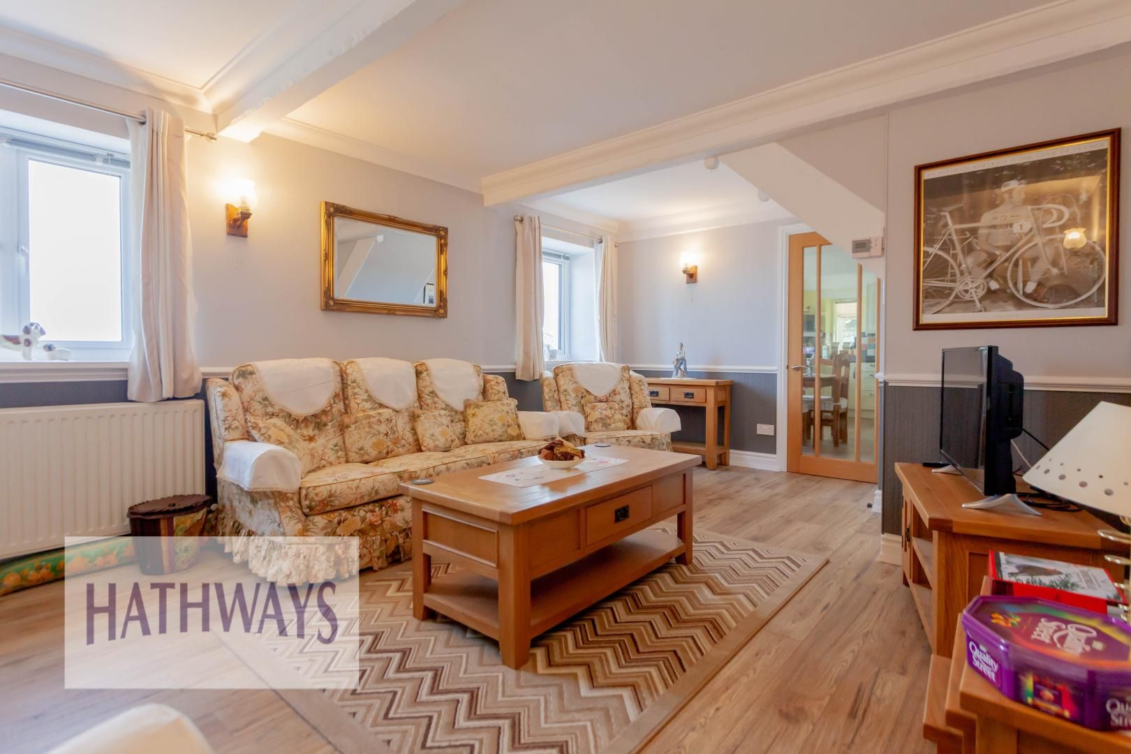 5 bed house for sale in Old Abergavenny Road 2
