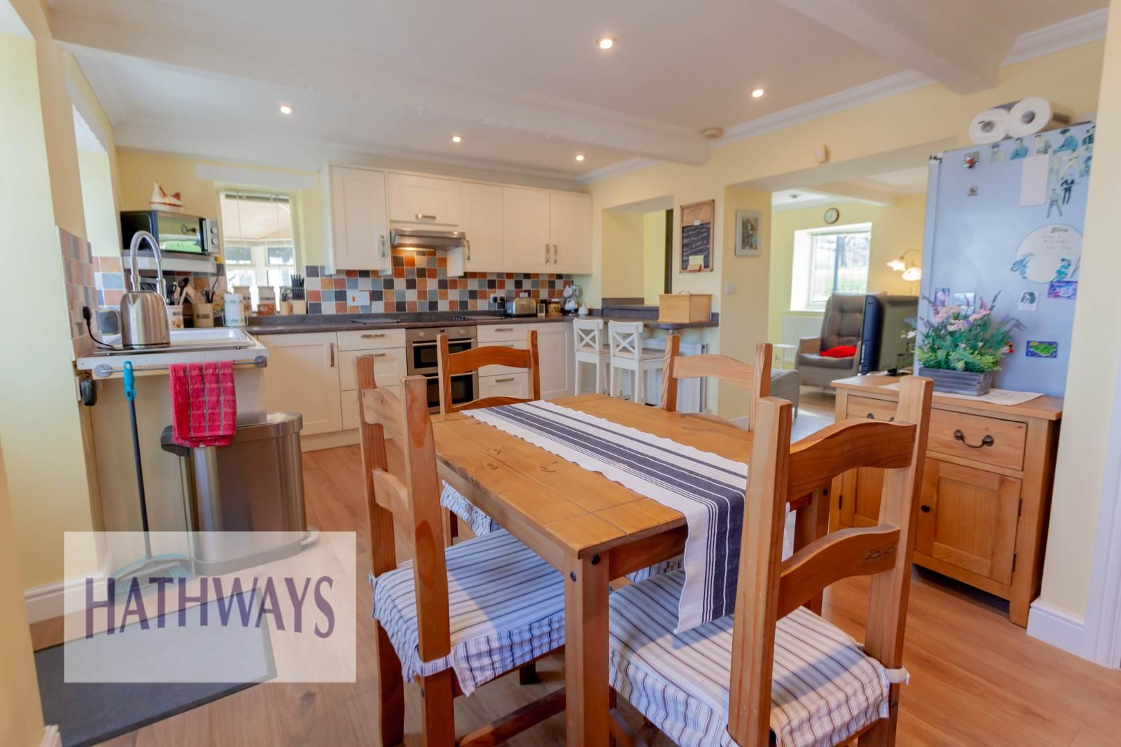 5 bed house for sale in Old Abergavenny Road 11