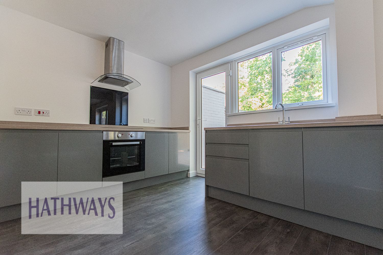 3 bed house for sale in Beaumaris Drive 15