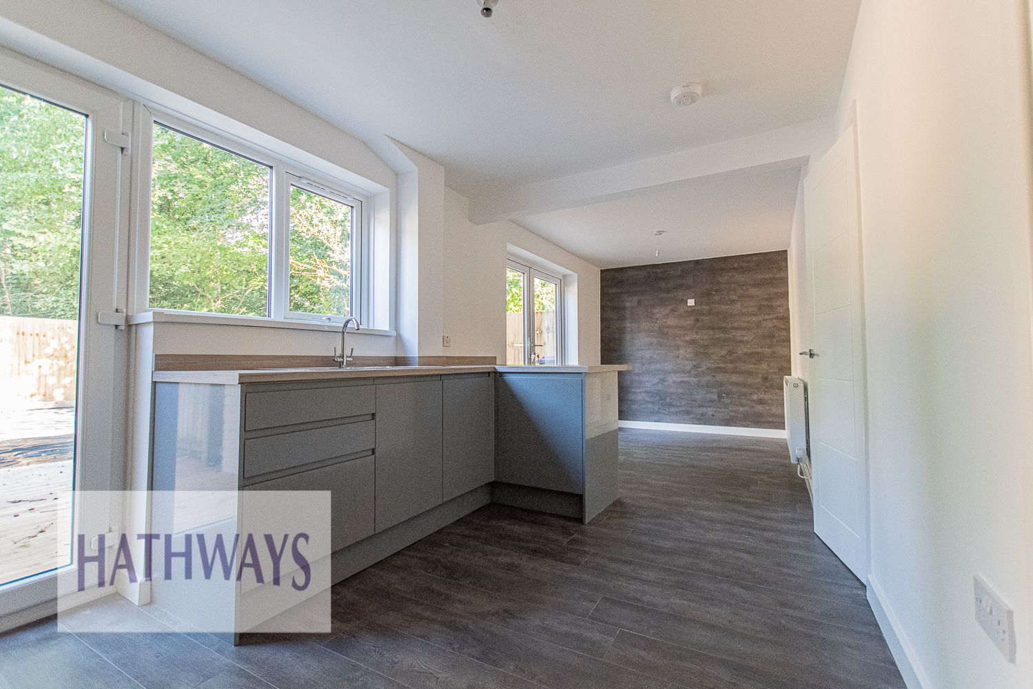 3 bed house for sale in Beaumaris Drive  - Property Image 16