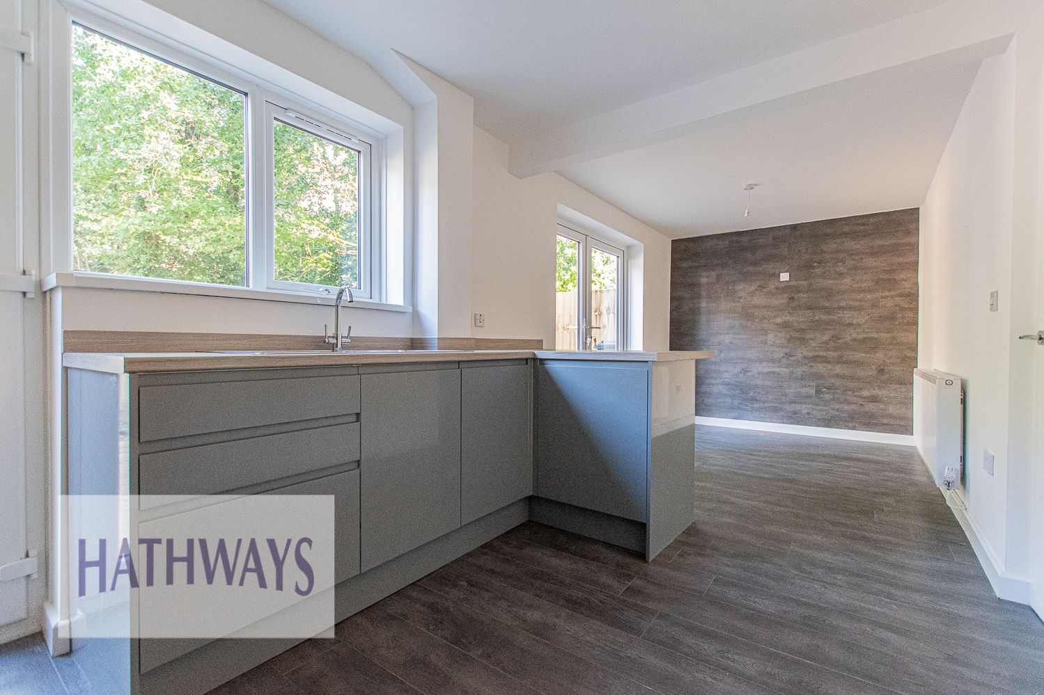 3 bed house for sale in Beaumaris Drive 28