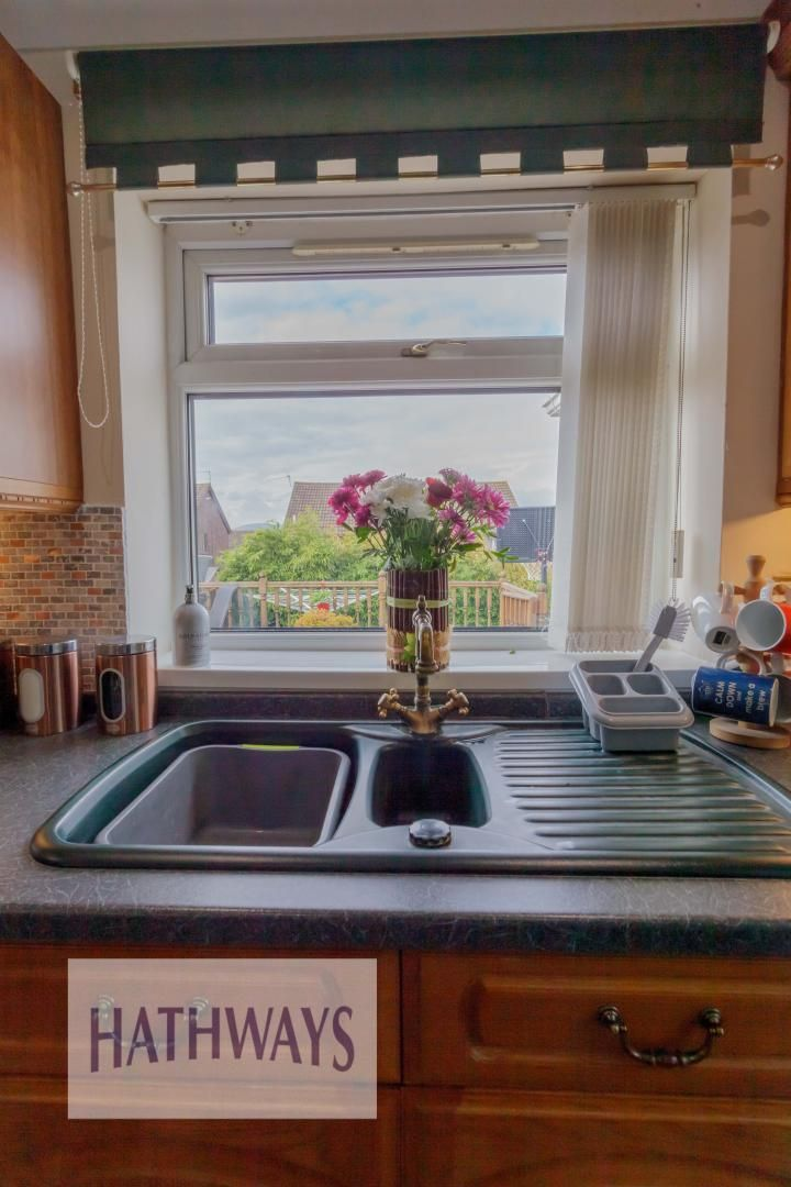 3 bed house for sale in Firbank Avenue 25