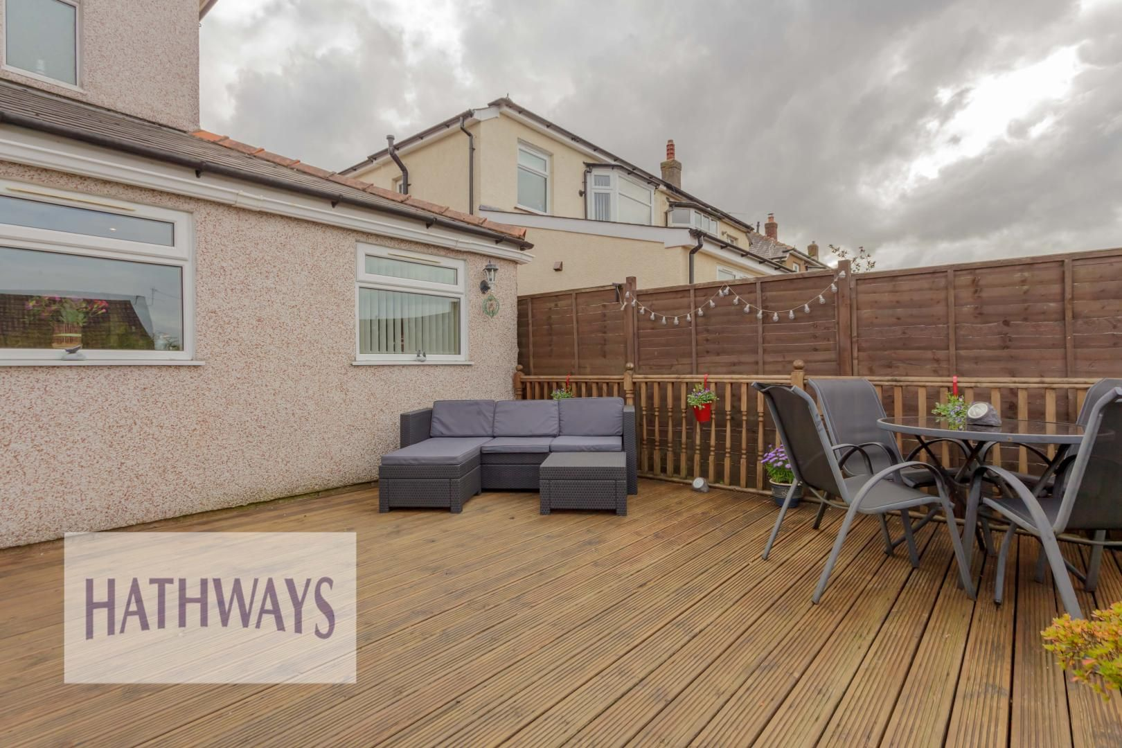 3 bed house for sale in Firbank Avenue 54