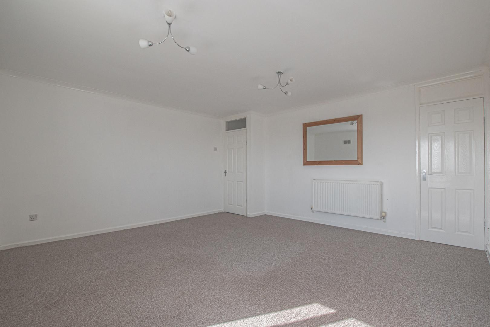 2 bed flat to rent in Kemys Fawr Close 3